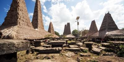 Ratenggaro Village